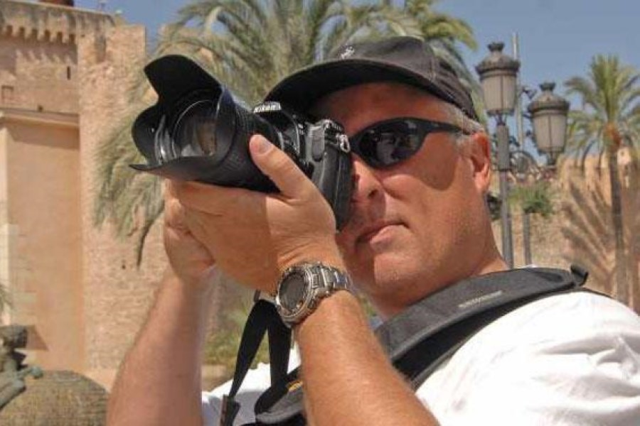 Photo Gary Arndt travel blogger and photo journalist.